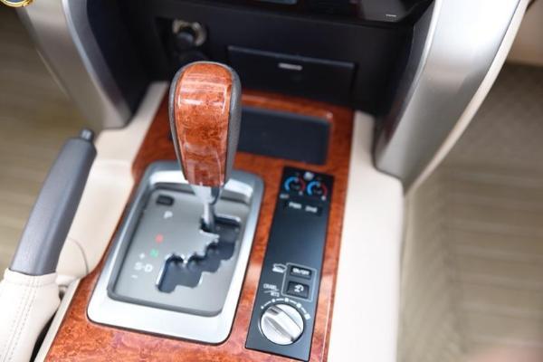 丰田 兰德酷路泽  VX-R 4.6L图片