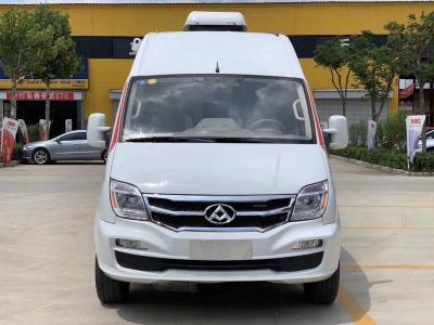 上汽大通MAXUS V80  2017款 2.5T AMT傲運通國V長軸中頂5座圖片