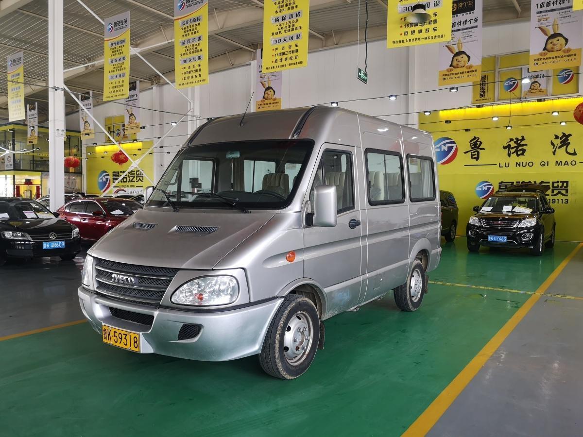 依维柯 褒迪Power Daily  2012款 2.5T-A32基本型图片