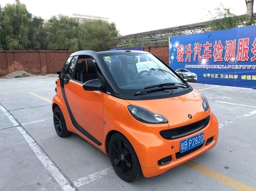 smart fortwo  2011款 1.0 MHD 敞篷燃橙版图片