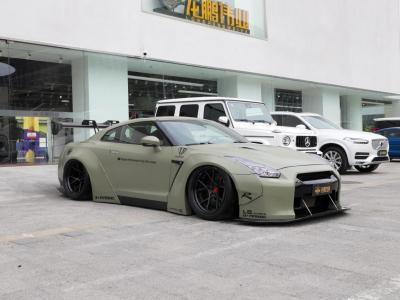 2014款 日产GT-R 3.8T Premium Edition 黑色内饰