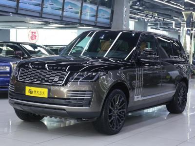路虎 揽胜  2016款 3.0 TDV6 Hybrid Vogue SE 创世加长版