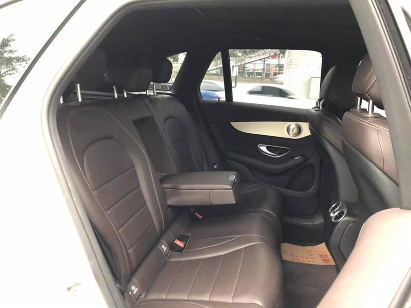 奔驰 奔驰GLC  2018款 改款 GLC 200 4MATIC图片