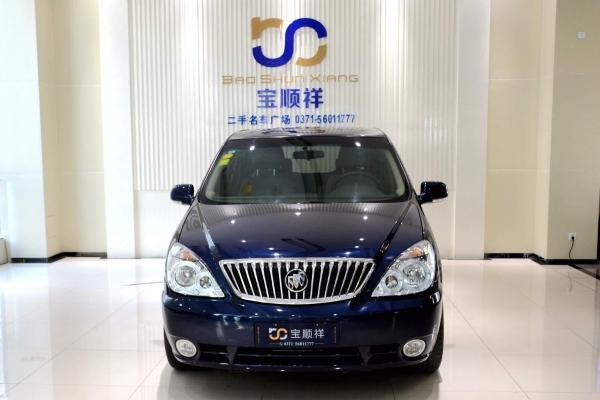 【郑州】2013年10月 别克 gl8 商务车 2.4 经典版 蓝色 自动档