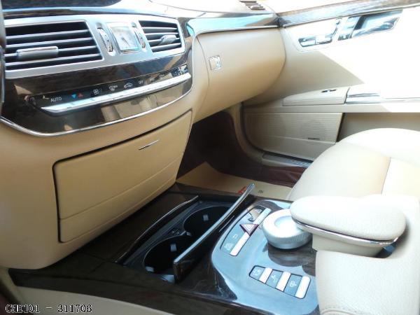 【北京】2011年5月 奔驰 s级 s300l尊贵型 黑色 手自一体