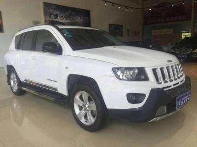 Jeep 指南者  2.0L 两驱豪华版图片