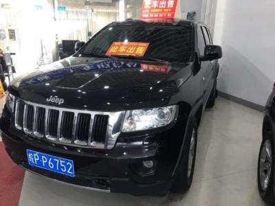 Jeep 大切诺基  3.6L 豪华导航版