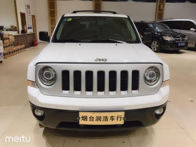 Jeep 自由客  2015款 2.4L 运动版
