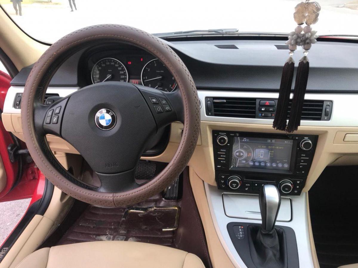 宝马 宝马3系  2011款 318i 2.0L 领先型图片