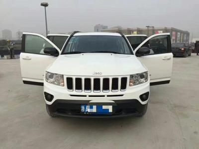 2013年1月 Jeep 指南者(进口) 2.4L 四驱豪华版图片