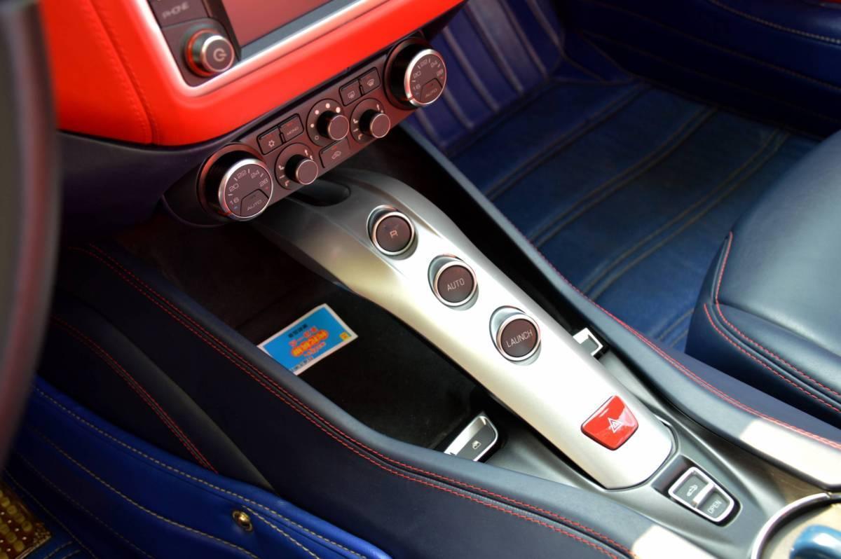 法拉利 California T  2015款 3.9T 标准型图片