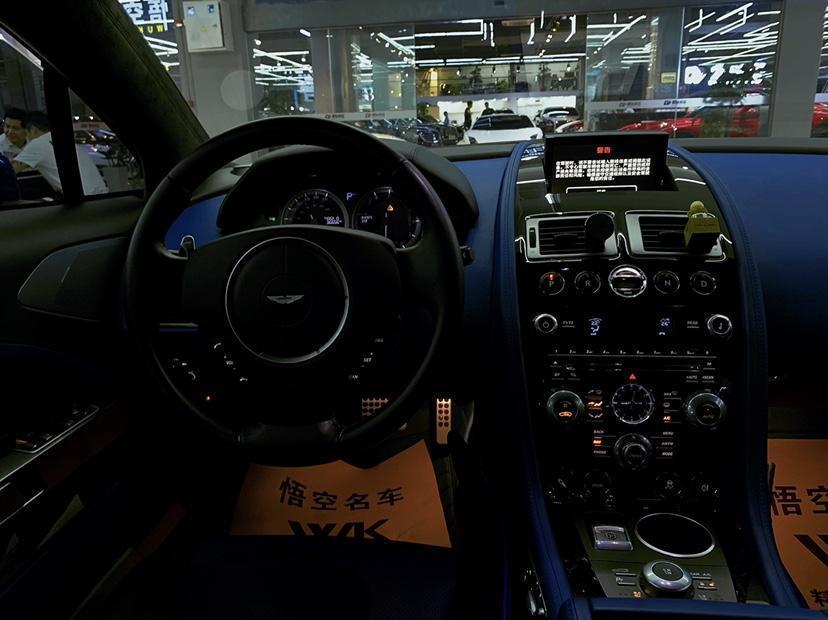 阿斯顿·马丁 Rapide  2010款 6.0L图片