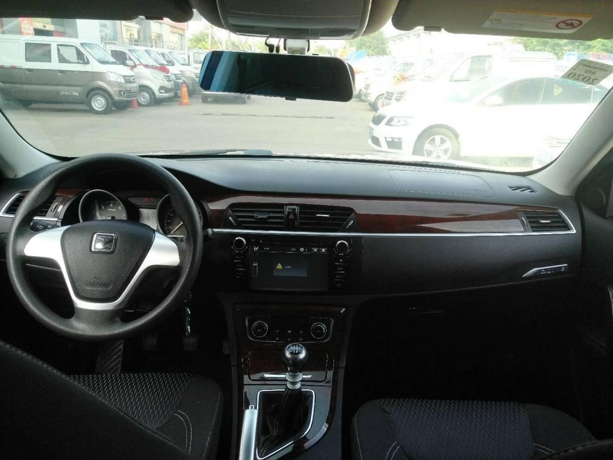 众泰 T600  2014款 1.5T 手动尊贵型图片