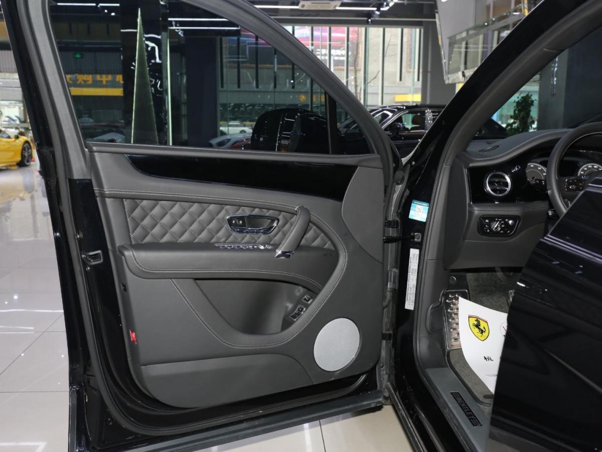 宾利 添越  2018款 4.0T V8图片