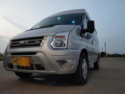 2013年9月 福特 新世代全顺 2.4T柴油豪华型短轴中低顶国IV图片