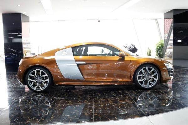 奥迪 奥迪R8  R8 Coupe 5.2 FSI Quattro限量版图片