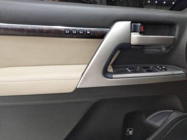 丰田 兰德酷路泽  4.7 VX-R图片