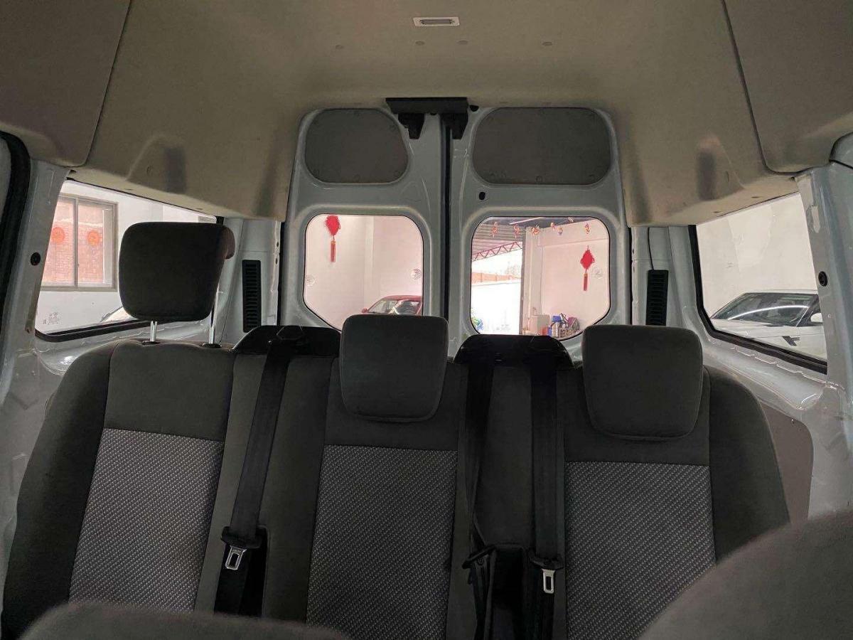 福特 全顺  2017款 2.0T柴油多功能商用车短轴中顶国V图片