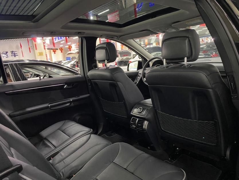 奔驰 奔驰R级  2014款 R 320 4MATIC 豪华型图片