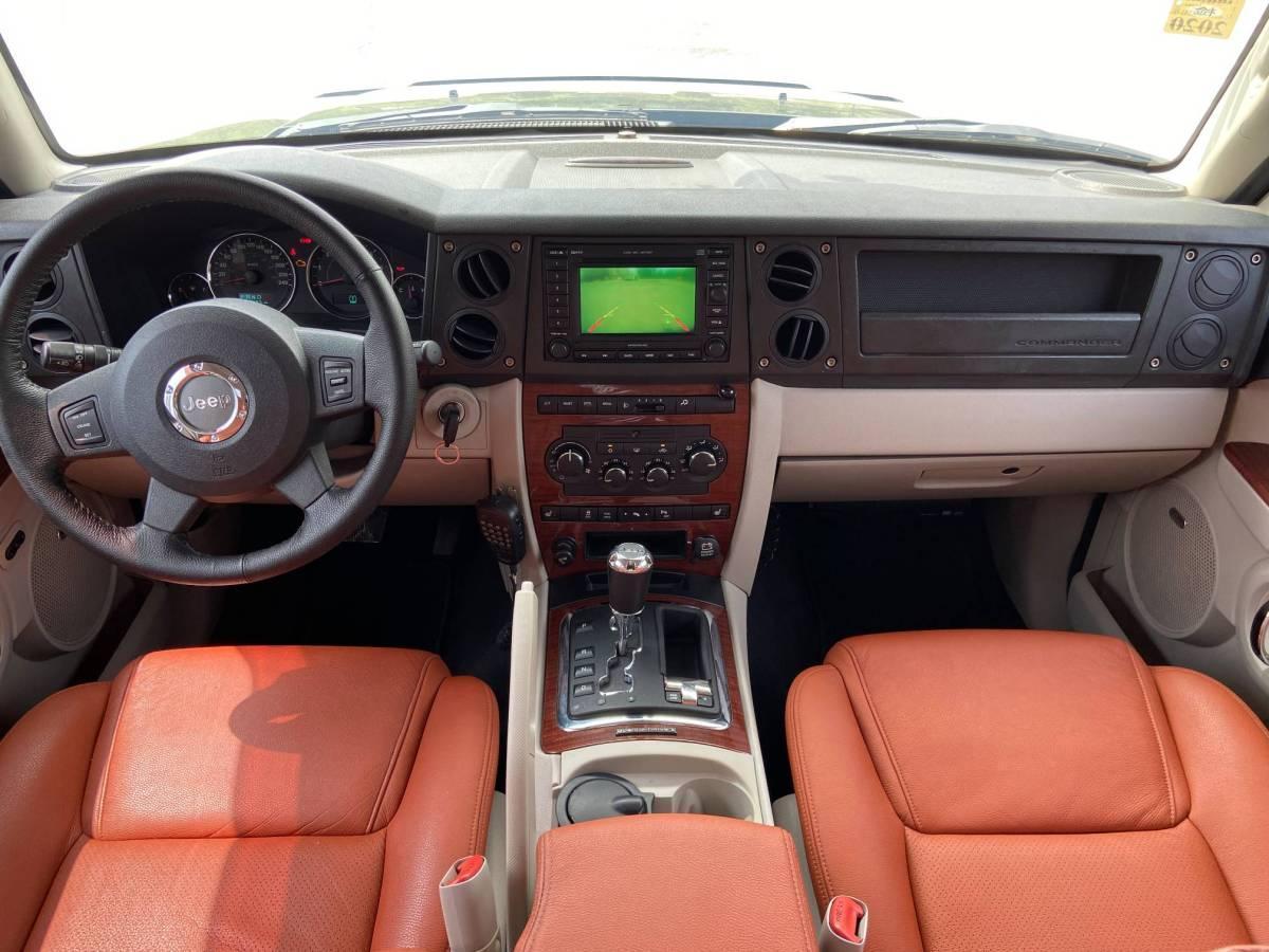 Jeep 指挥官经典  2007款 5.7图片