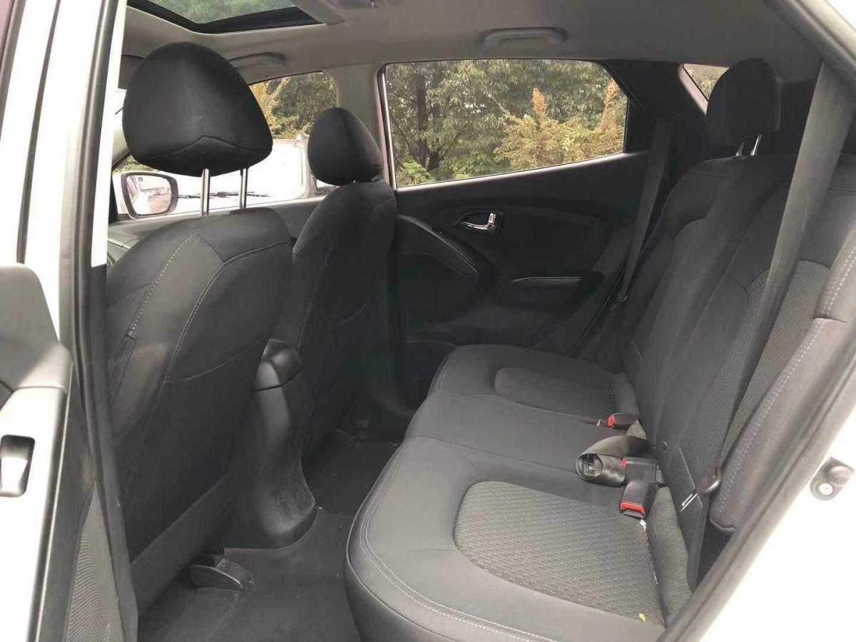 现代 ix35  2015款 2.0L 自动两驱舒适型 国V图片