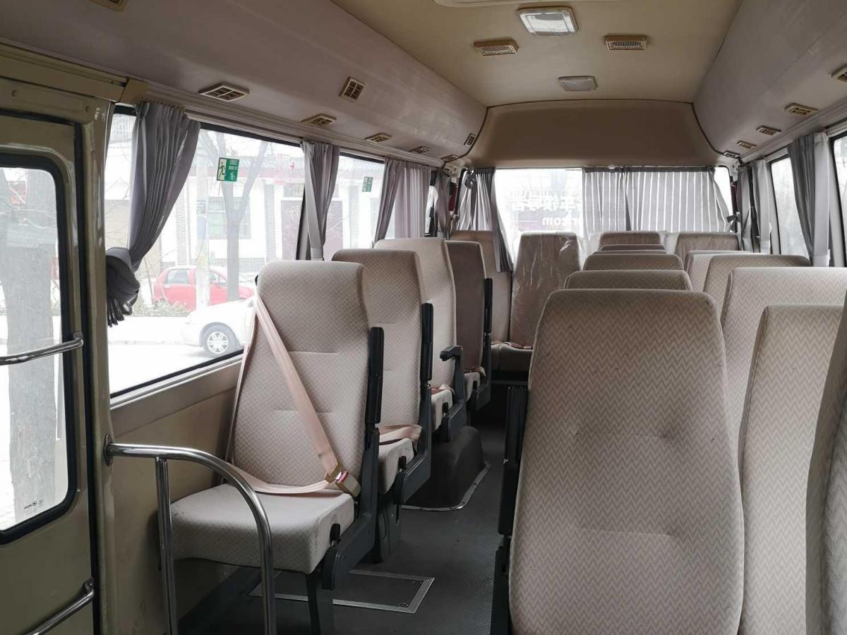 金龙 凯歌  2015款 2.8T豪华柴油型SC28R图片