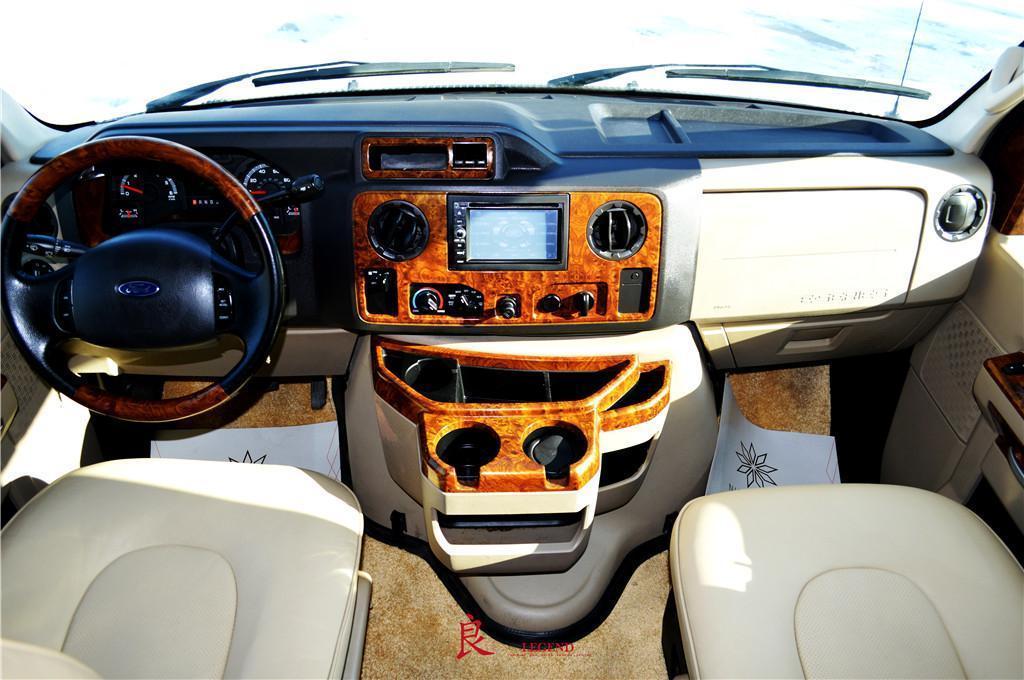 福特 E450图片