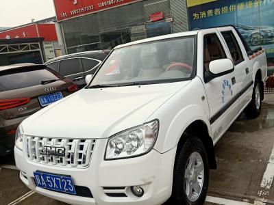 2017年2月 江铃 宝典 2.4L新时尚汽油两驱标准货箱普通款4G69图片