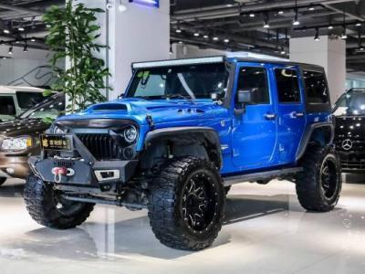Jeep 牧马人  2.8T 四门 舒享版 柴油版图片