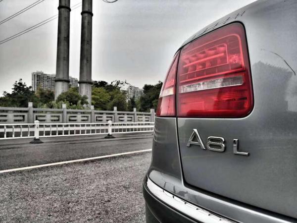奥迪 奥迪A8  A8L 3.2 FSI 标准型图片
