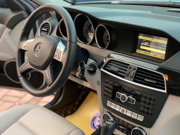 奔驰 C级  C260 CGI 1.8T 时尚型图片