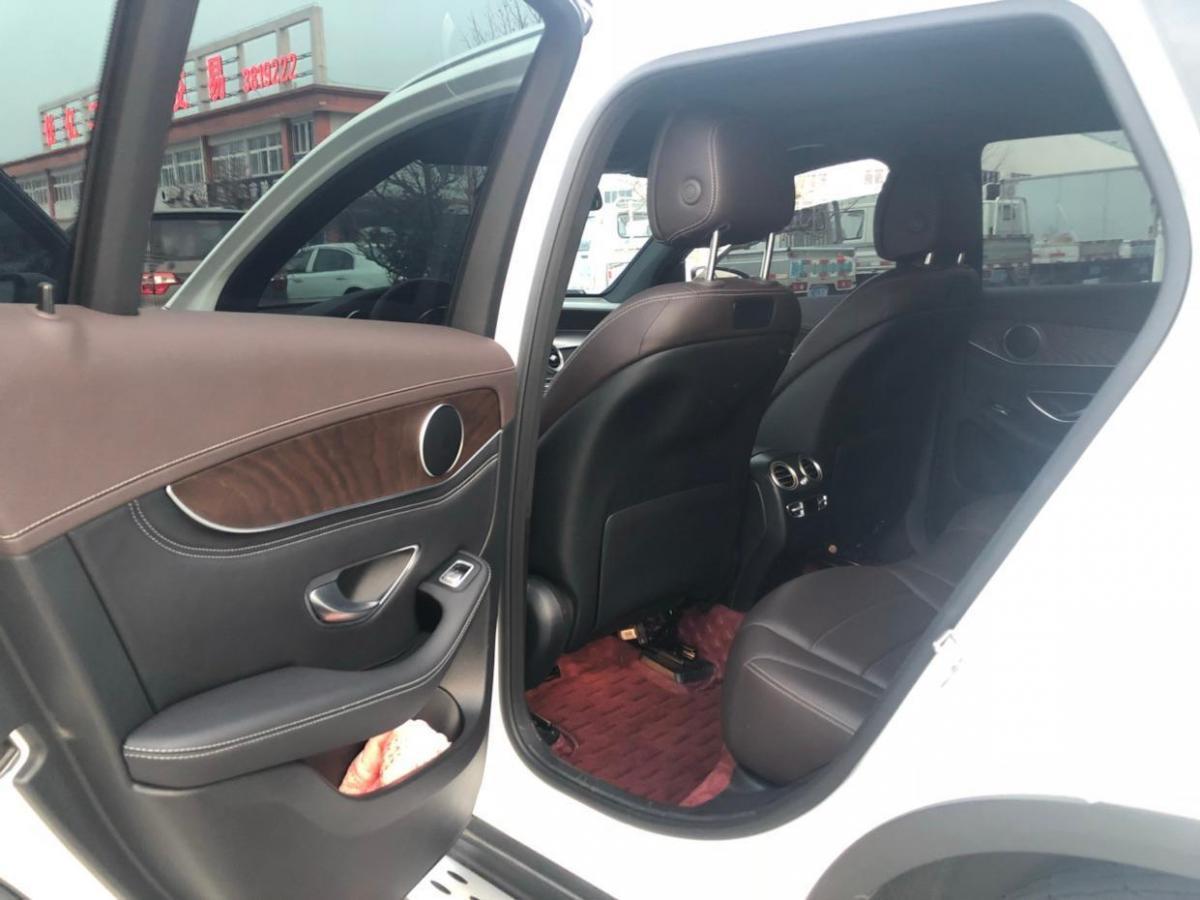 奔驰 奔驰GLC  2018款 GLC300 2.0T 4MATIC 动感型图片