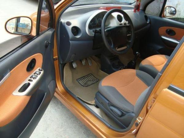 【临沂】2008年12月 雪佛兰 乐驰 1.0 橙色 手动挡图片