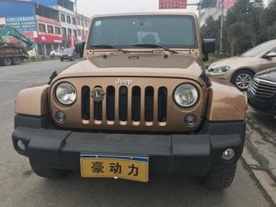 Jeep 牧马人 2.8 TD 四门 Sahara图片
