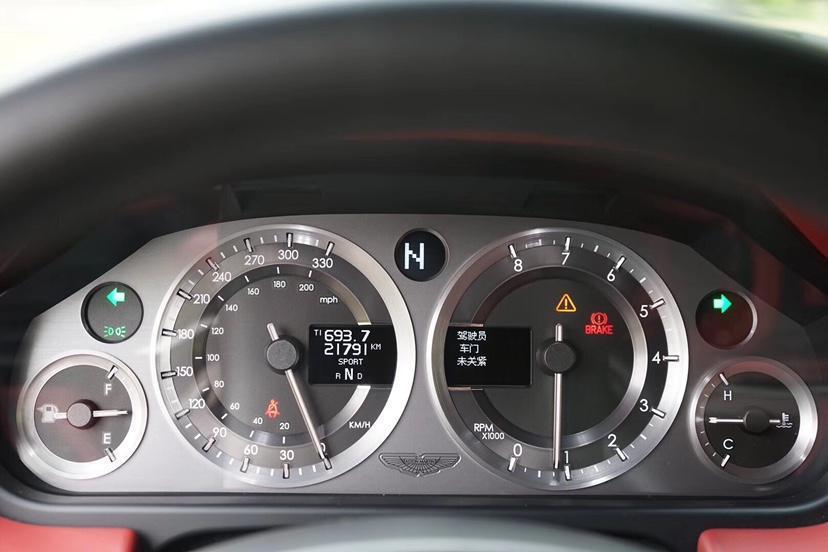 阿斯顿·马丁 V8 Vantage  2007款 4.3 Manual Coupe图片
