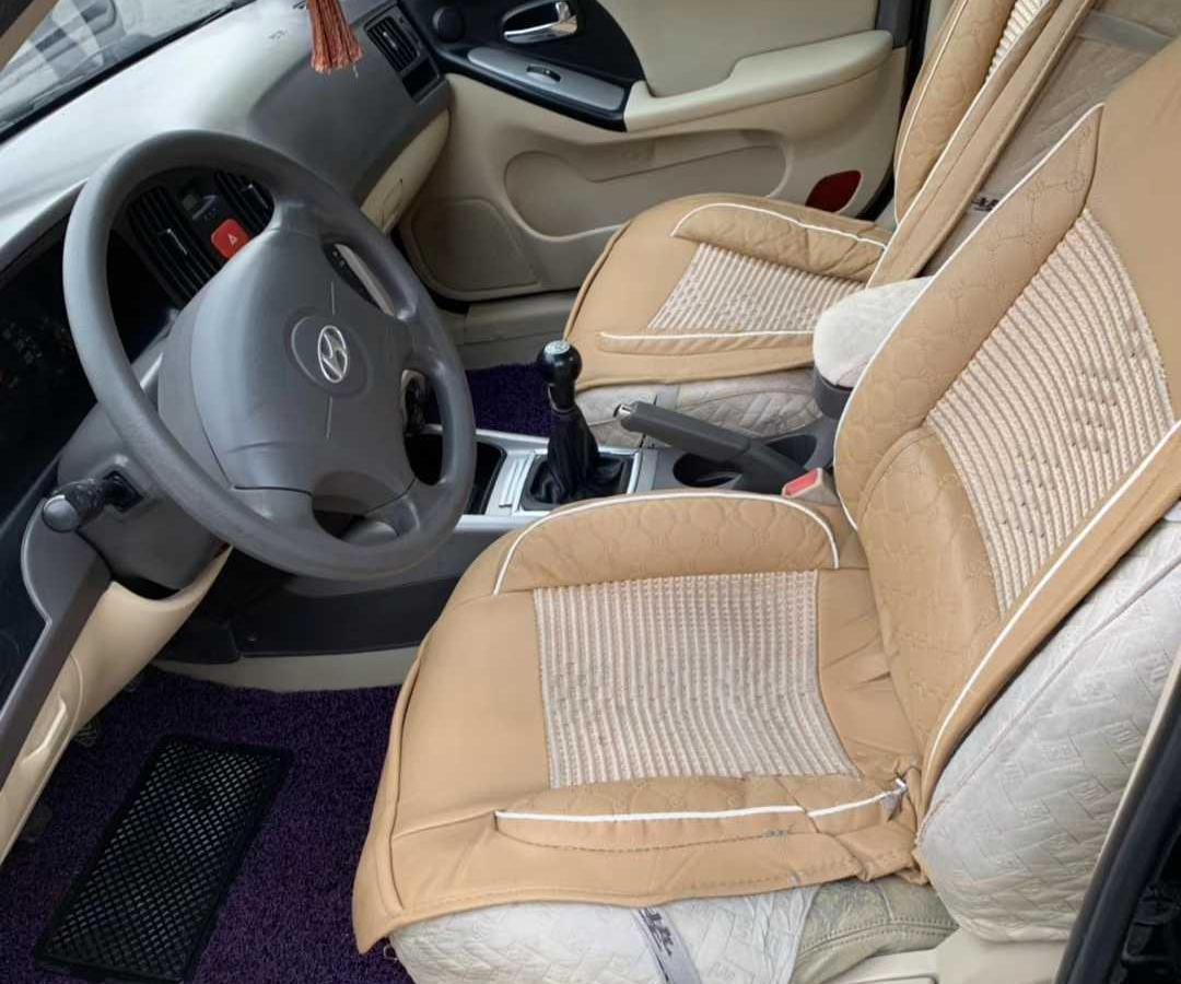 现代 伊兰特  2008款 1.6L 手动豪华贵雅版图片