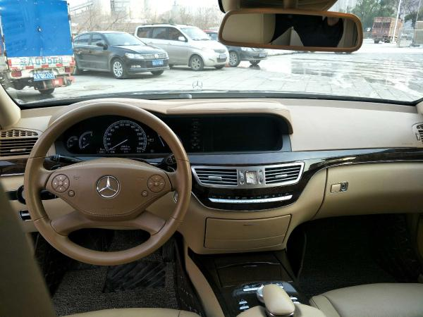 奔驰 S级  S300L 3.0 尊贵型图片