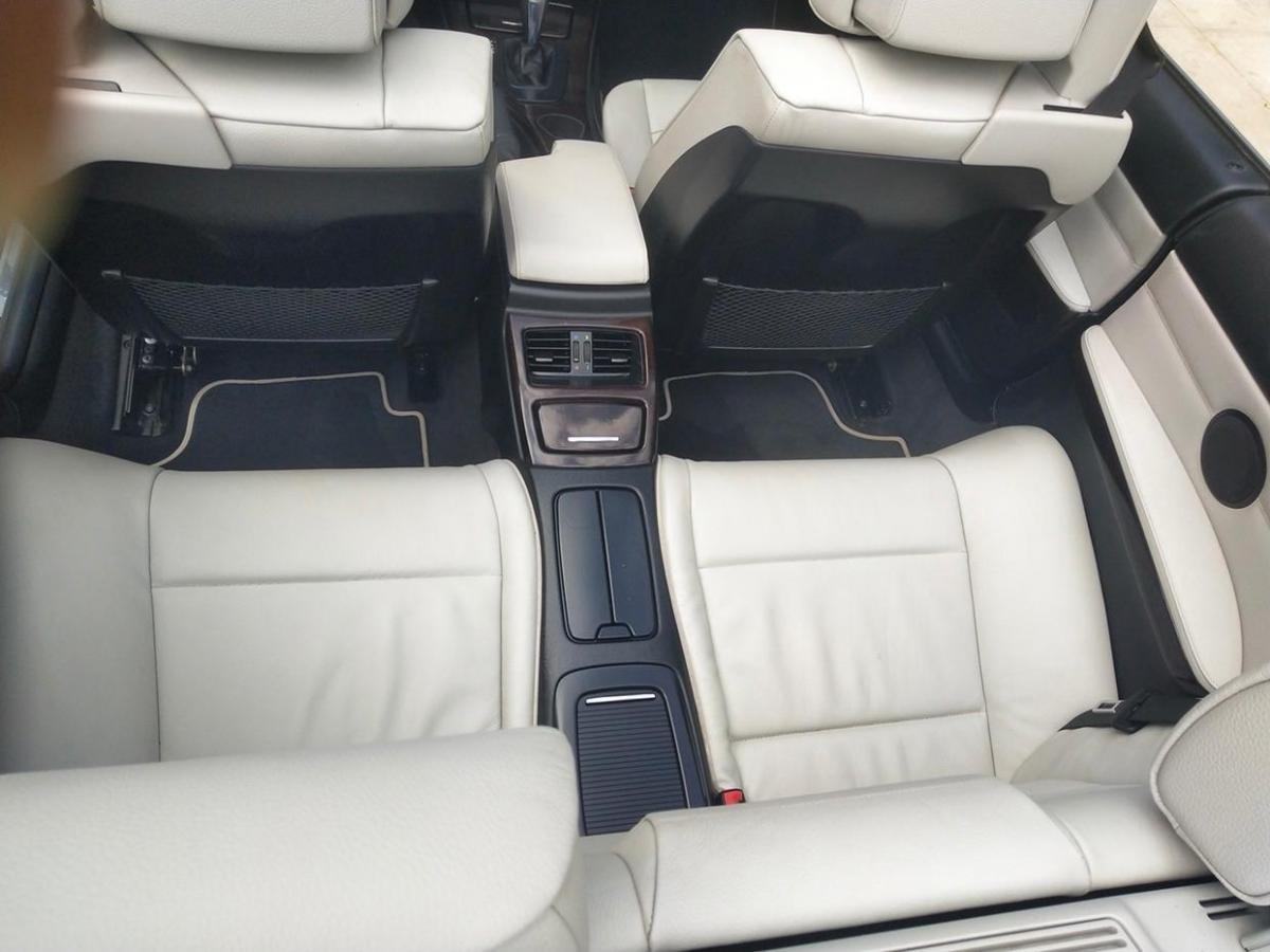 宝马 宝马3系  2010款 320i 2.0L 双门 硬顶敞篷图片