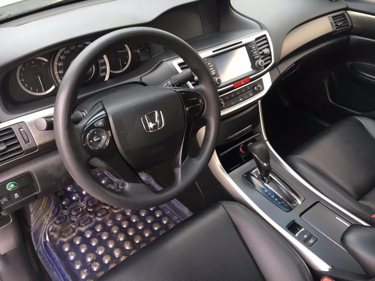 本田 雅阁  2015款 2.0L LX 舒适版图片