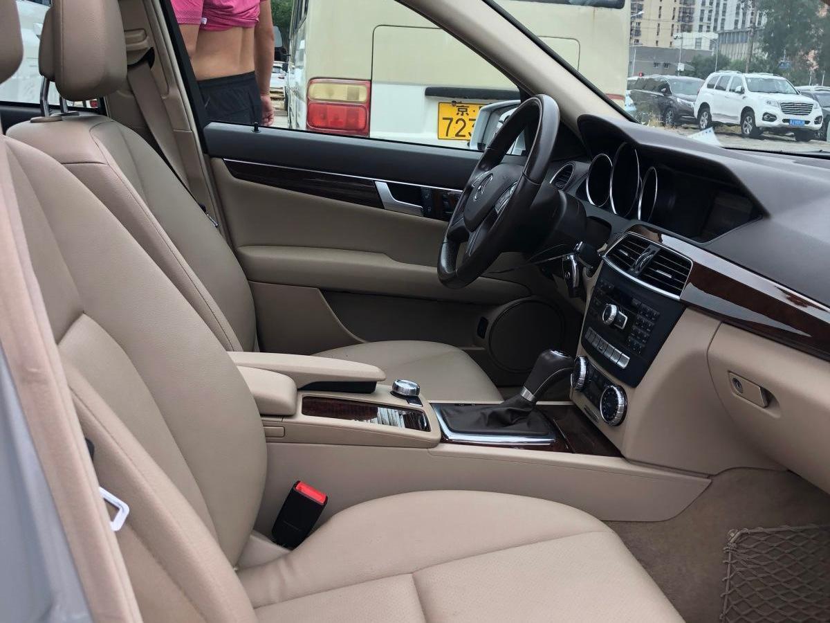奔驰 奔驰C级  2011款 C 200 CGI 时尚型图片