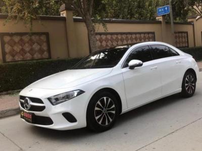 奔驰 奔驰A级  2019款 A 180 L 运动轿车?#35745;?/>                         <div class=