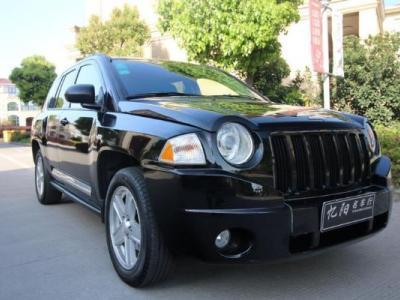 Jeep 指南者  2010款 2.4L CVT 运动版图片