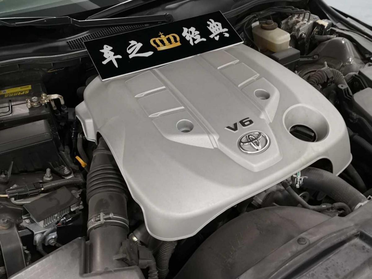 丰田 锐志  2010款 2.5V 风尚豪华导航版图片