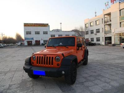2013年5月 Jeep 牧马人(进口) 3.6L 四门摩崖特别版图片