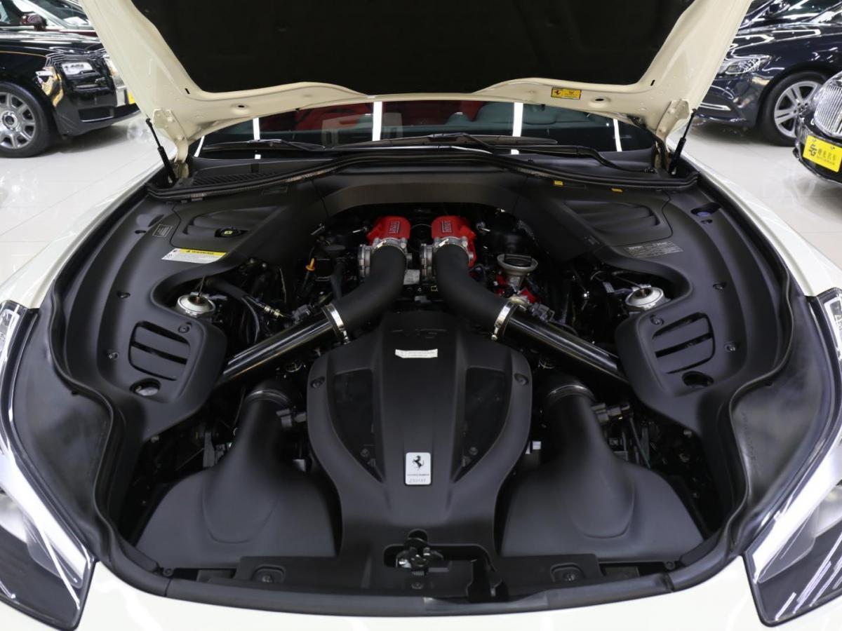 法拉利 GTC4Lusso  2017款 3.9T V8圖片