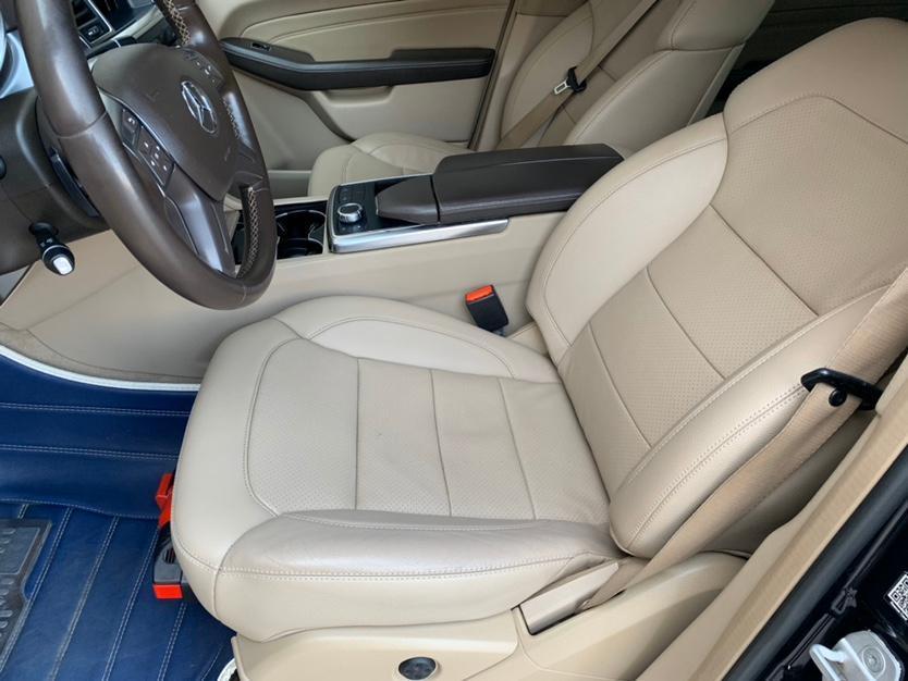 奔驰 奔驰M级  2014款 ML 320 4MATIC图片