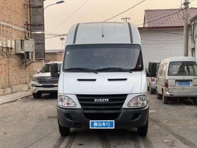 2019年1月 依维柯 褒迪Power Daily 2.8T尊享X52载货车双排后双短轴43S5图片