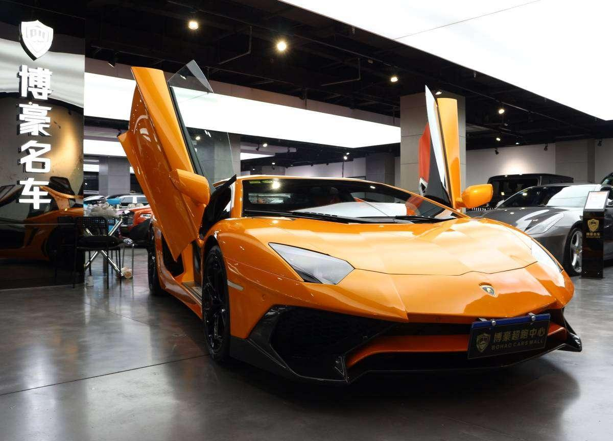 2014年9月 兰博基尼 Aventador LP 700-4图片