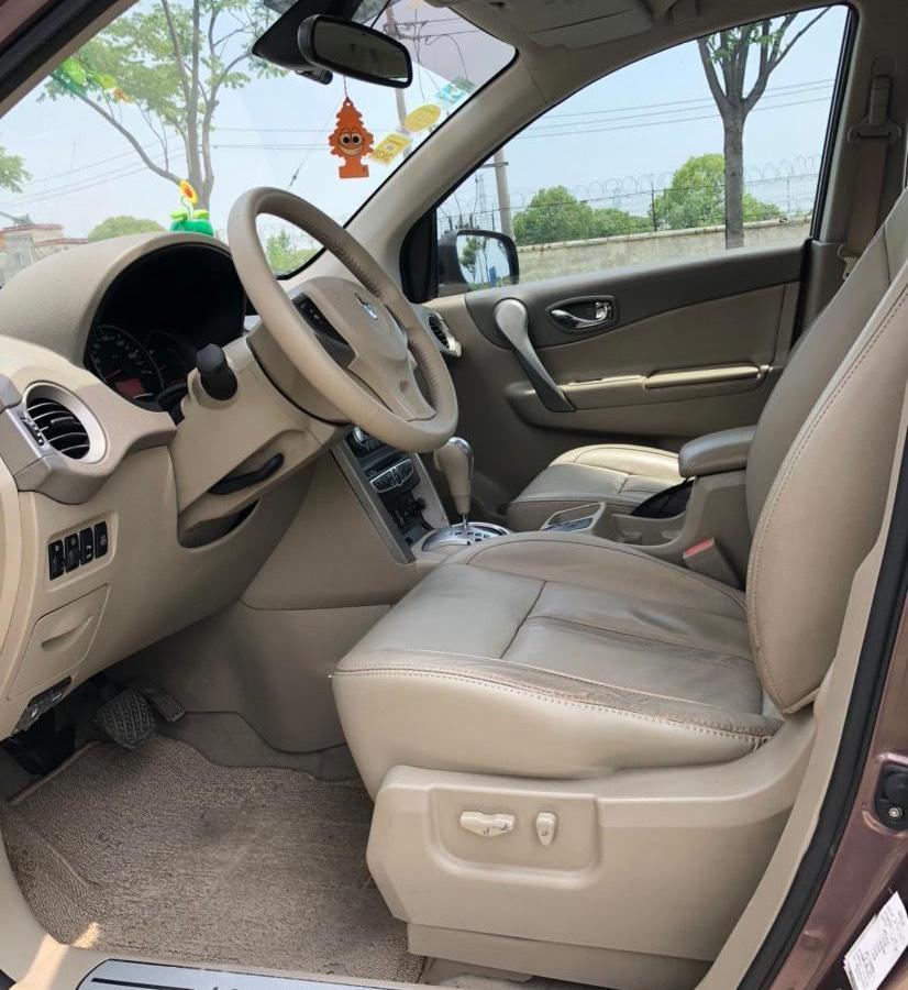 雷诺 科雷傲  2009款 2.5L 四驱舒适型图片