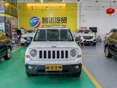 Jeep 自由客(进口) 2.4L 运动版图片
